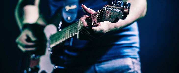 90 of the Best Guitar Websites and Resources