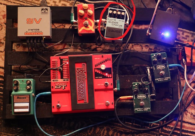 Uli Jon Rosh Pedalboard with Boss CH-1 Super Chorus