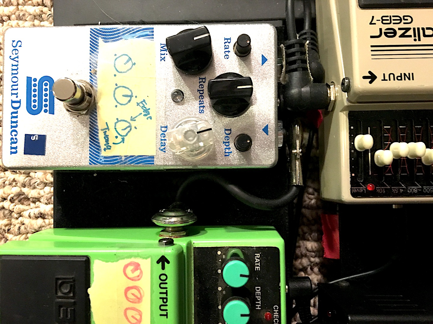 Low Profile Patch Cable on Pedalboard