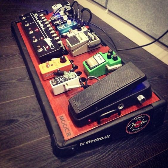 Hook up pedal bord