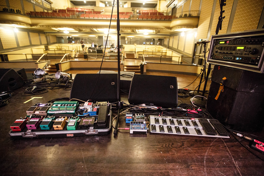 peter-koppes-pedalboards-the-church