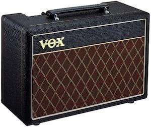 7 best guitar amps under 300 dollars roundup review guitar chalk. Black Bedroom Furniture Sets. Home Design Ideas