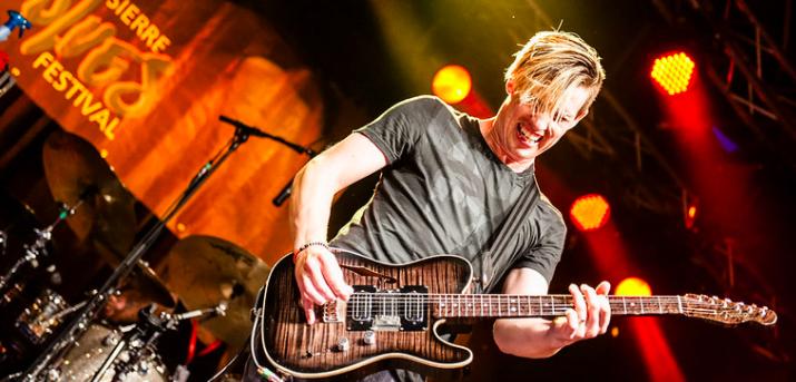Blues Guitarist Jonny Lang