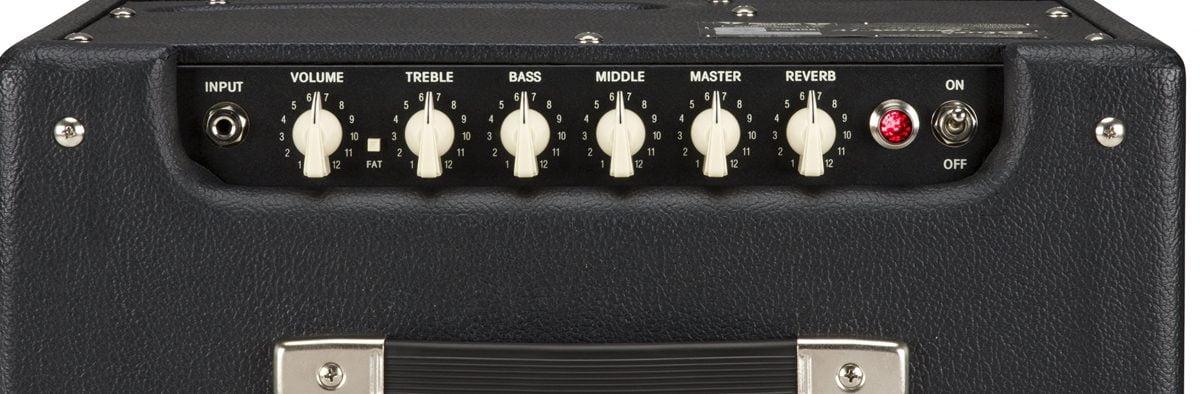 Fender Blues Junior Controls Close Up