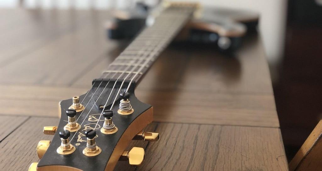 PRS Electric Guitar Pic